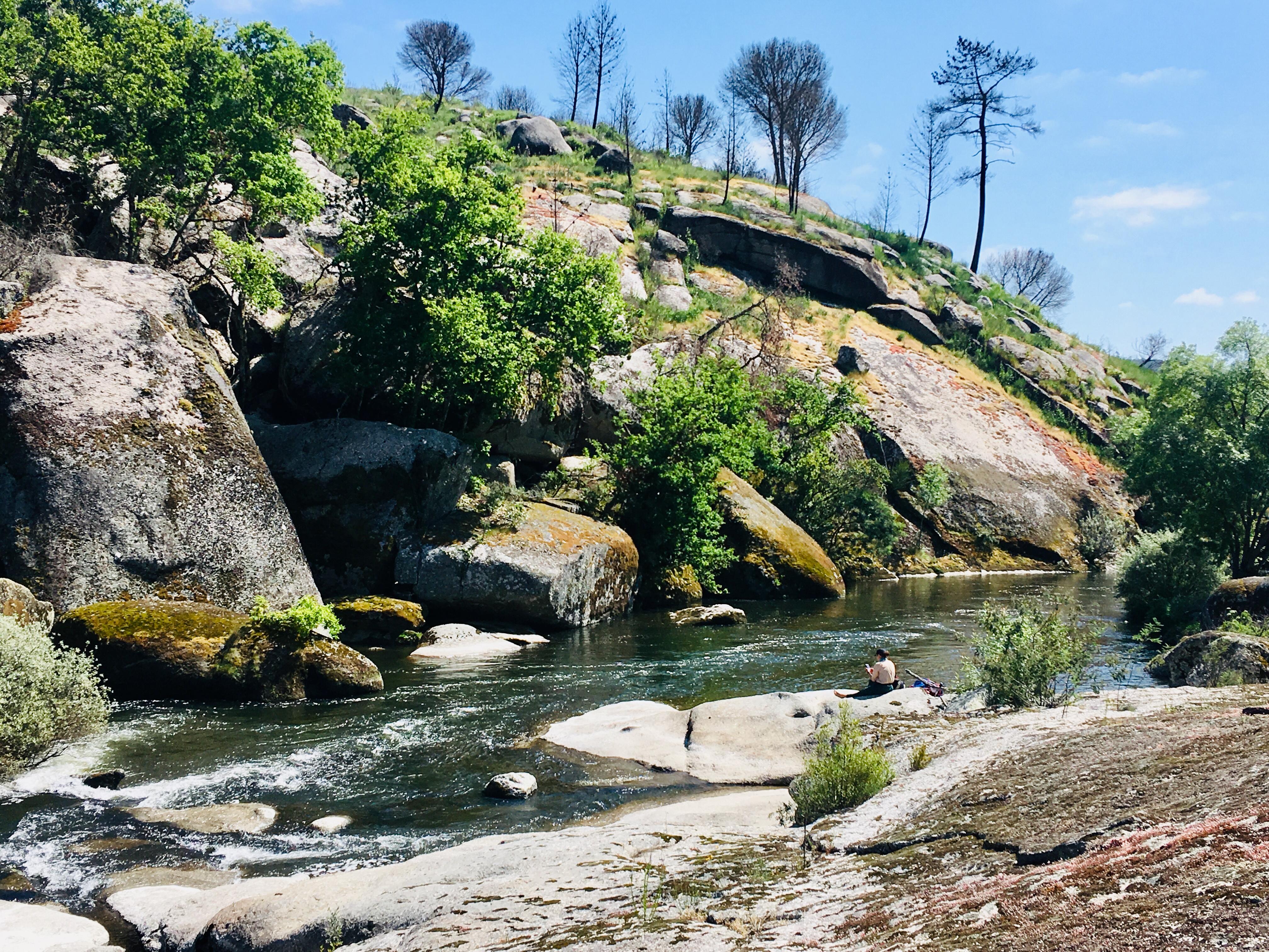 Between Sangemil and Ferreirós do Dão