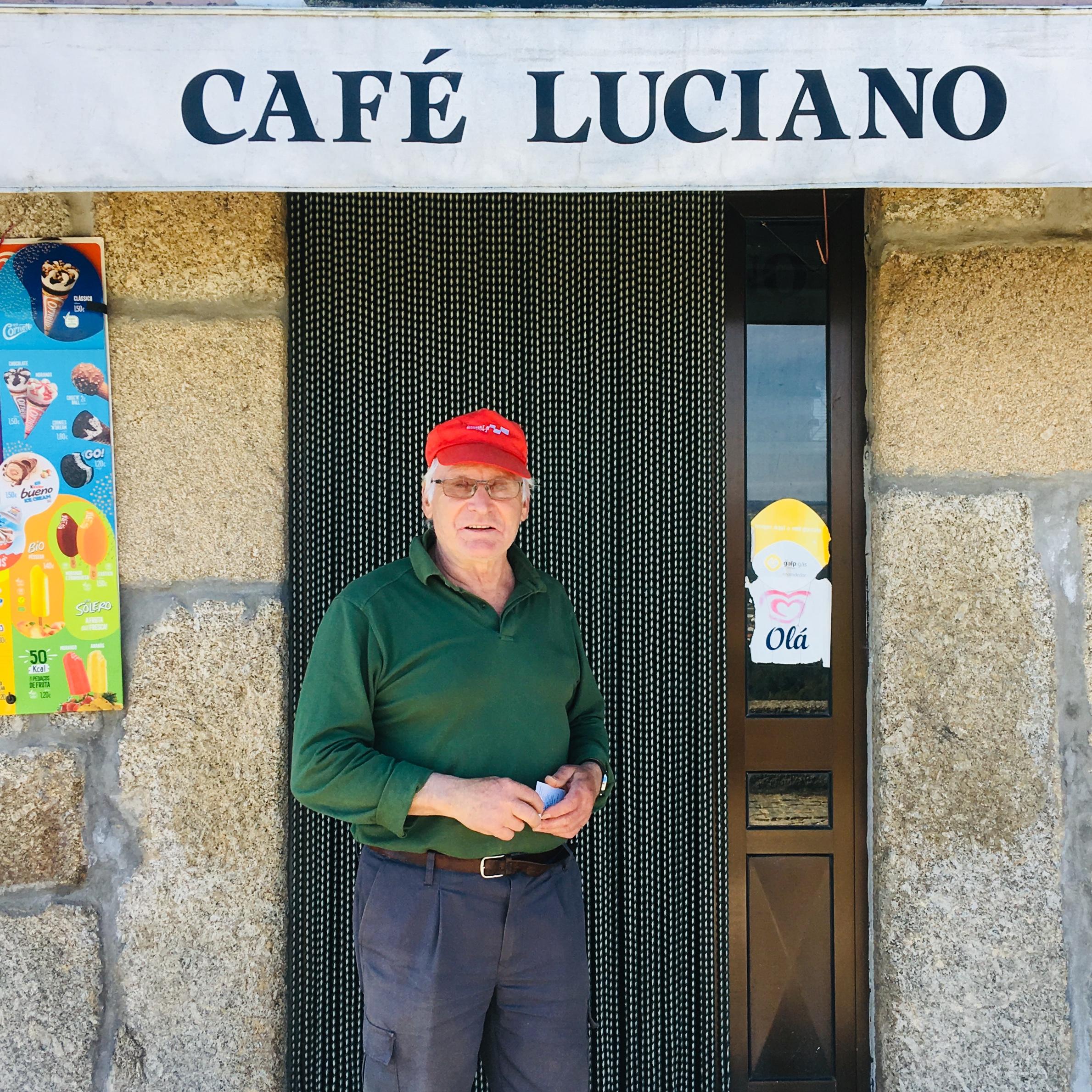 Senhor Luciano do Cafe em Matela